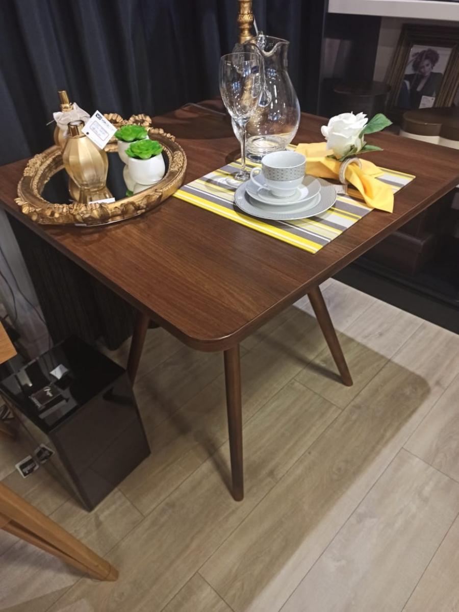Mesa madeira estilo Eiffel