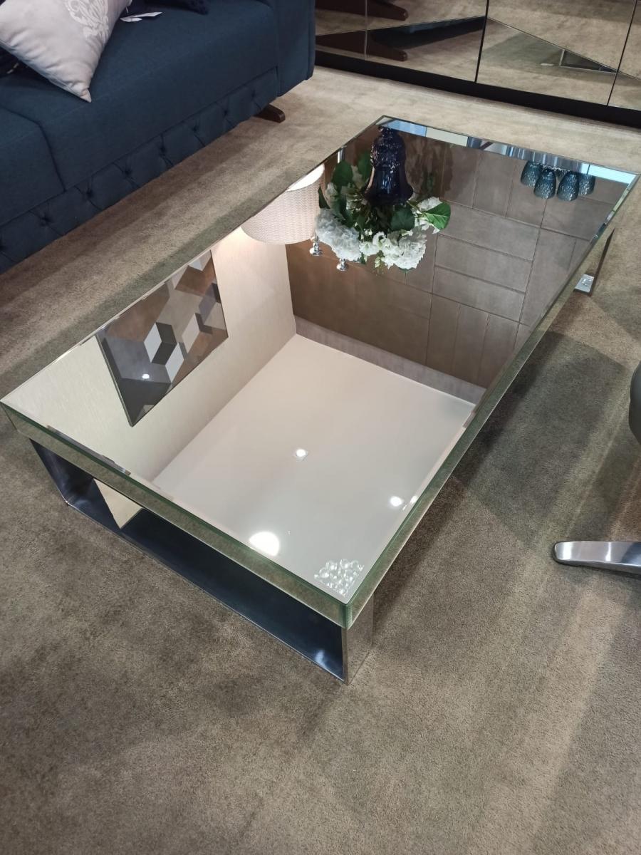 Mesa de centro espelhada prata